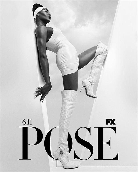 poster de Pose saison 2 avec une actrice qui pose