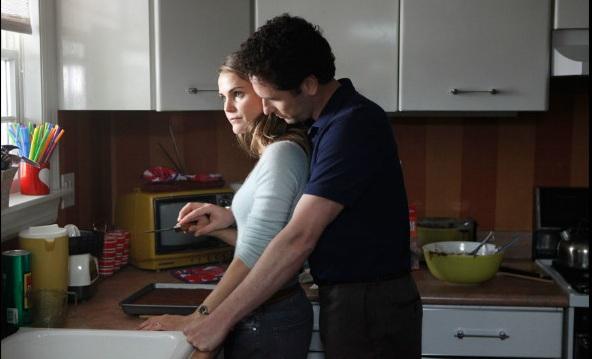 Elizabeth et Philips et un couteau