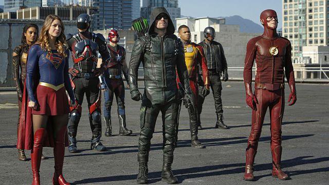 Tous les super-héros de la CW