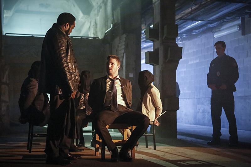 Oliver Queen, capturé par Tobias Church