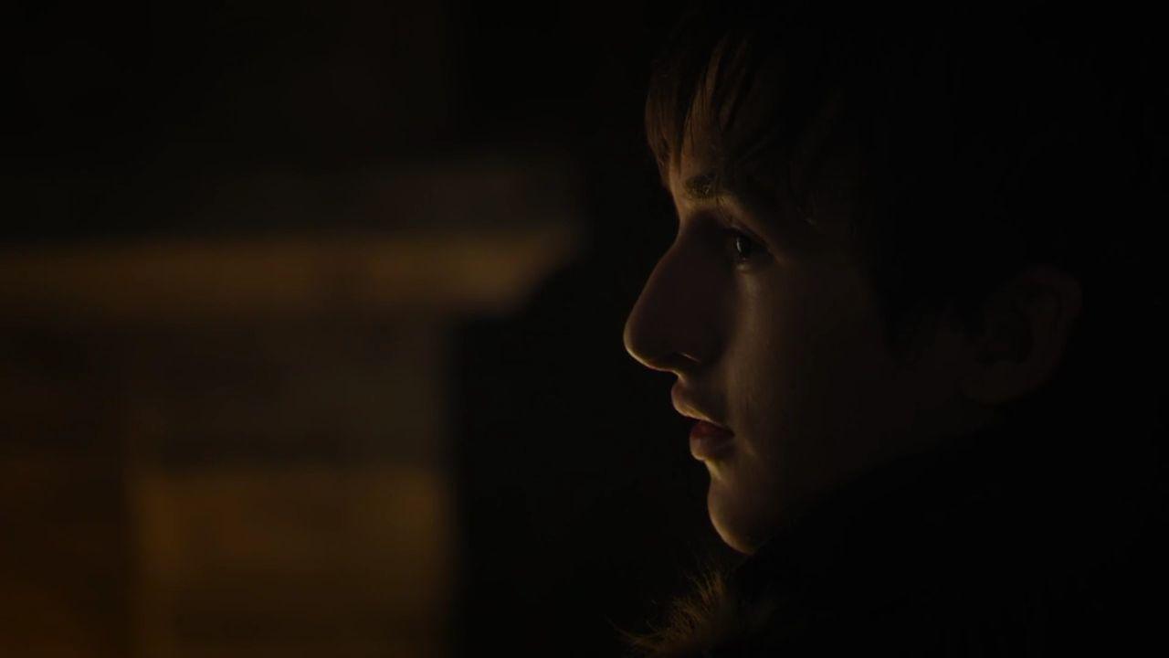 Bran devant le feu