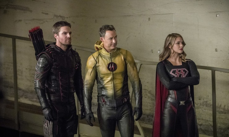 Overgirl, Reverse-Flash et Dark Arrow