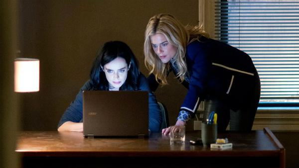 Jessica et Trish, à la recherche de Kilgrave