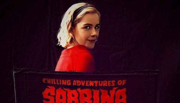Photo promotionnelle pour le reboot de Sabrina sur Netflix