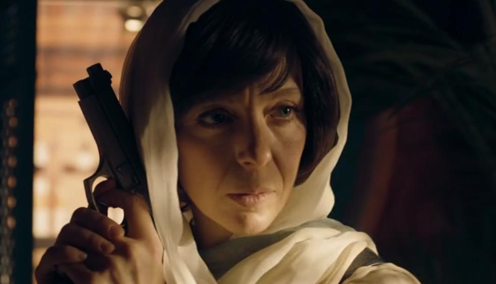 Mary Morstan avec son arme