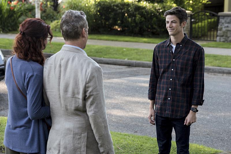 Barry, face à ses deux parents