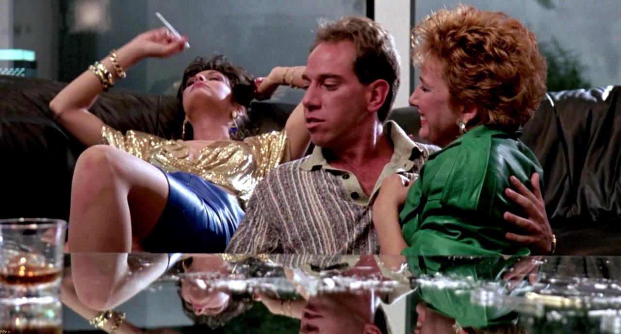 Miguel Ferrer dans Robocop : fille + coke