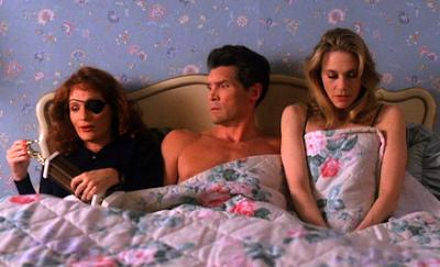 Nadine, Earl et Norma dans le même lit.