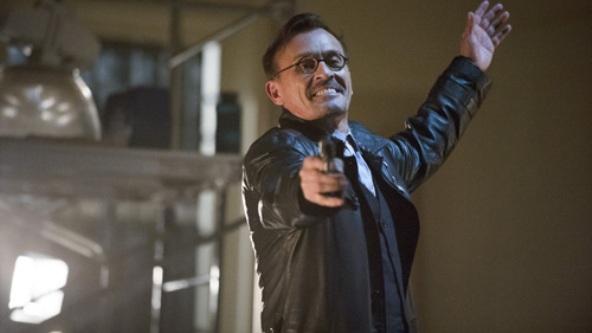 Robert Knepper avec un pistolet