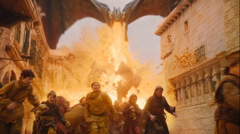 Burn them all, Drogon et les passants