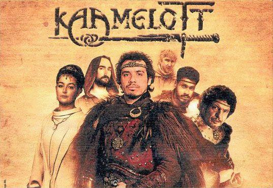 Affiche promotionnelle de Kaamelott avec tous les personnages