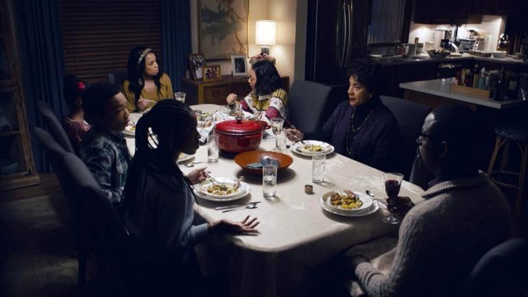 Dîner chez Randall avec toute sa famille, la mère de Beth et Malik.